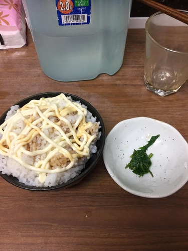 【画像あり】ガチ貧困層の俺の夕飯