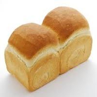 ま、まさか食パン1回で1斤食える奴なんていないよな?