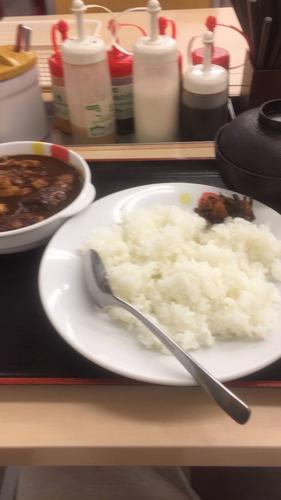 【画像あり】ワイデブニート、松屋に到着!!!!!!!!!!!!