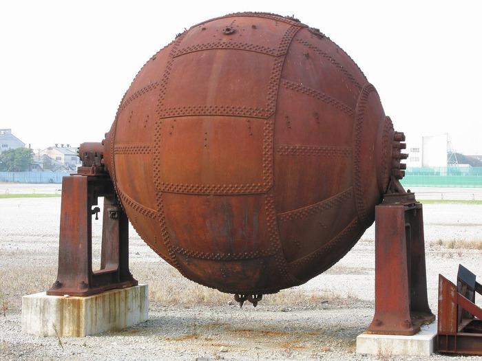 東京理科大学にある謎の球体が話題に!!なんですかこれ…