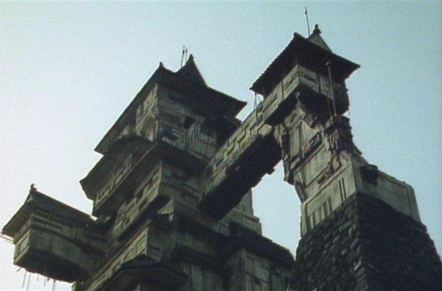 震災でダメージを受けた熊本城の現在がすんごいことに