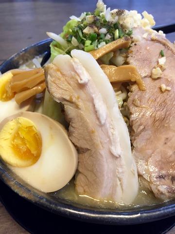 麺や二代@シラチャで アレ系インスパ(タイ)最高峰