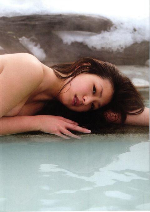 佐山彩香_080