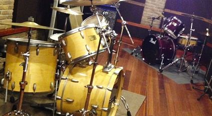 301st_twin_drums