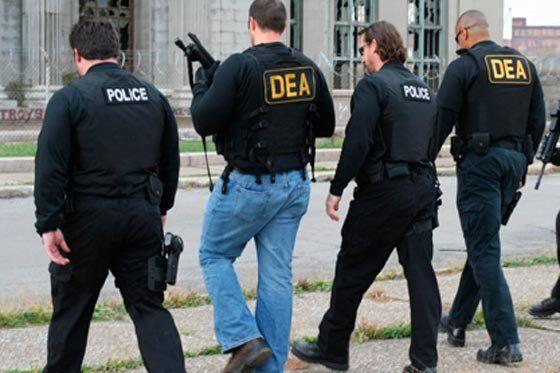 アメリカ合衆国麻薬取締局DEA職員を殺害した犯人に5000万ペソの ...