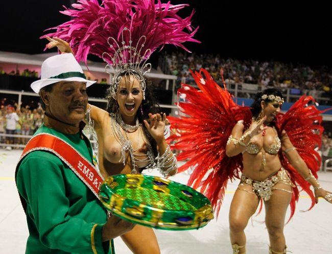 карнавал в рио фото обнаженных