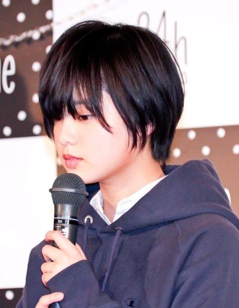 【漫画家】平手友梨奈主演映画の原作者、櫻坂46の新番組に「超つまんない」批判し炎上 「メンバーのご機嫌取り」内容に不満  [muffin★]