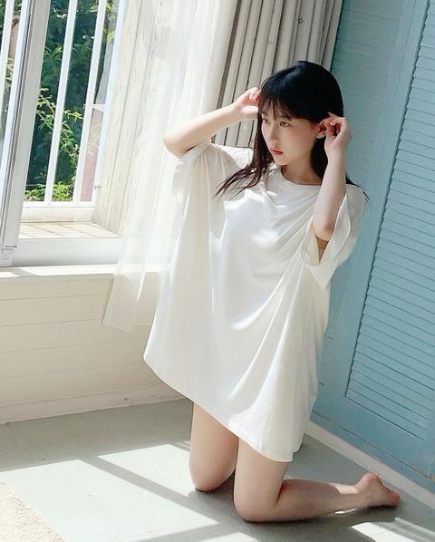 【HKT48】「美人すぎる!」#田中美久(19)、白肌美脚まぶしい大人オフショット公開!「セクシー過ぎて直視できない」絶賛の声殺到  [ジョーカーマン★]