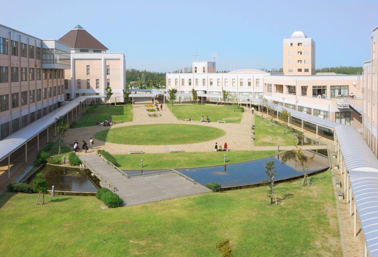 新潟の私大 13校のうち10校が定員割れだった