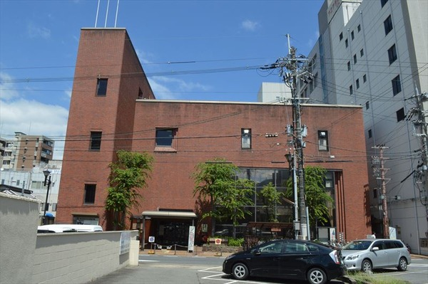 Otsu_City_Library_exterior_ac_11