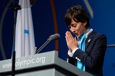 流暢なフランス語で日本の「おもてなし」を紹介する滝川クリステルさん
