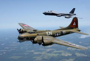 米軍爆撃機B52