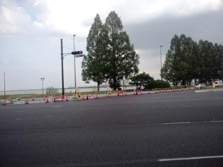 近江大橋の拡幅工事のフォトグラフ : 信号設置