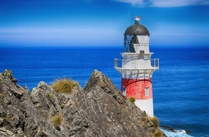 lighthouse-93487_640