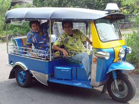 tuktuk-sub3