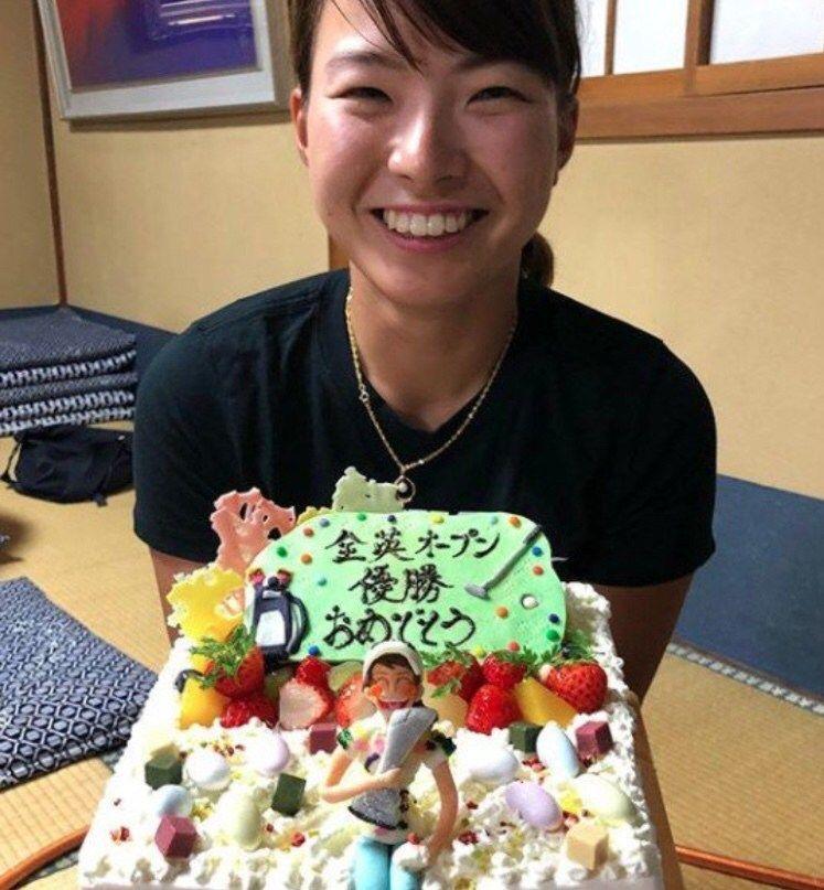 【画像】渋野日向子さん、すっぴんを公開するもブスすぎて大炎上