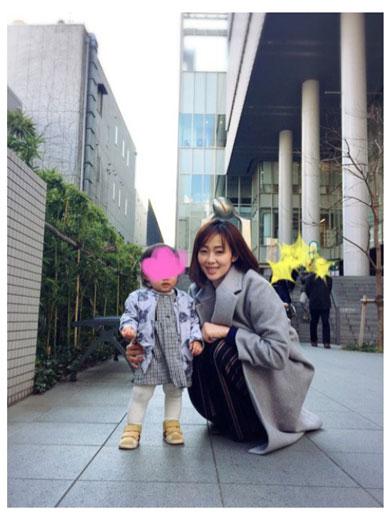 井上和香「お父さんがいい。お母さんいらない」にショック 「娘との関係がうまくいかない。。。」と胸の内を明かす