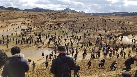 【速報】ポケモンGOGOイベント・・鳥取砂丘が人多くて地獄絵図にwwww