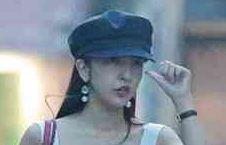元『AKB48』板野友美の「人気者気取り」マスコミ警戒に失笑