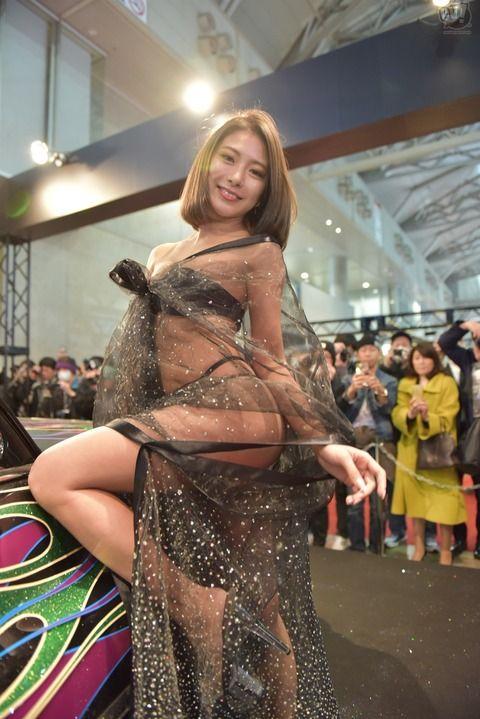 東京オートサロンのコンパニオンのエロさは異常、お前らいそげwwwwwwwwwww