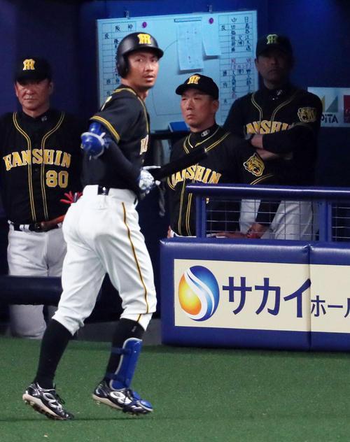【プロ野球】鳥谷、連続試合出場ついに止まるのか…阪神金本監督が会談示唆「本人と話さないといけない」