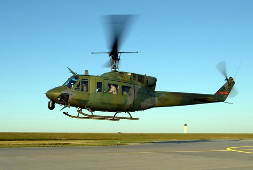 1280px-UH-1N_54th_Helicopter_Sqn_at_Minot_AFB_2005