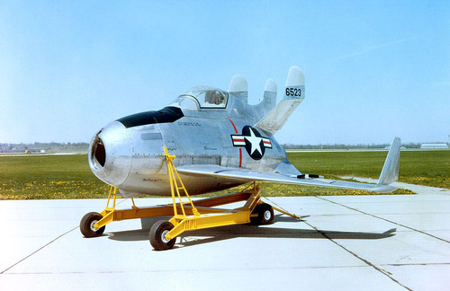 1024px-McDonnell_XF-85_Goblin_USAF