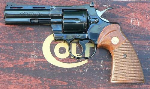 800px-Colt_Python
