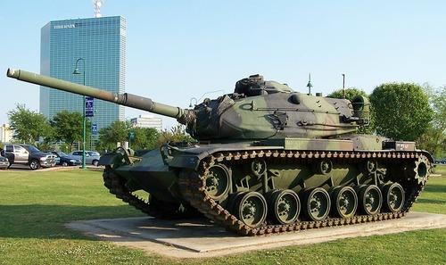 American_M60A3_tank_Lake_Charles,_Louisiana_April_2005