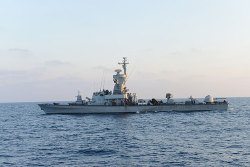 Israel_Navy_Strike_Gaza_from_the_Sea_(14738072664)