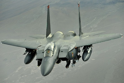 800px-F-15E_on_patrol_over_Afghanistan_-_081107-F-7823A-141