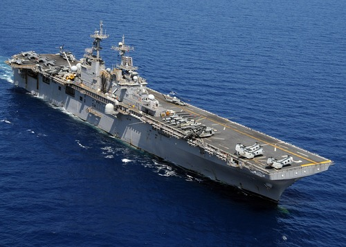 US_Navy_100314-N-0120A-446_USS_Essex
