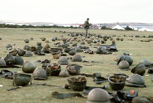 フォークランド紛争 : 軍事系ま...