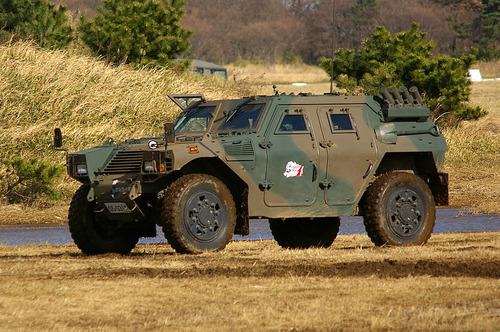 1024px-JGSDF_Light_Armored_vehicle_20070107-02