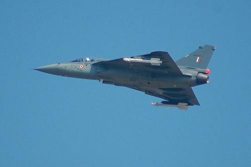 640px-HAL_Tejas_AeroIndia-2009