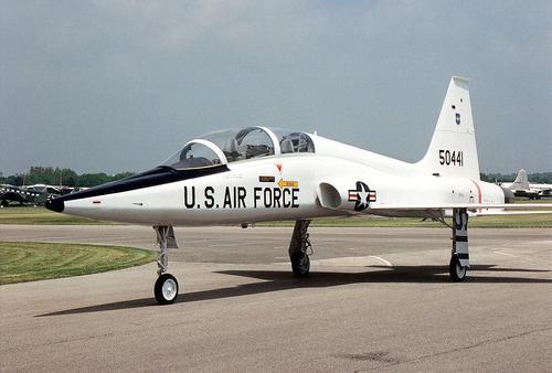 1024px-Northrop_T-38A_Talon_USAF