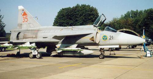 Saab_JA37_37447_Swedish_Air_Force_Marcel_van_Leeuwen