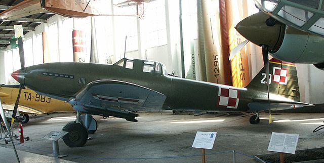 軍事系まとめブログ                OY      複座のレシプロ軍用機で1番空戦に強い機体はどれだろう?コメントコメントする