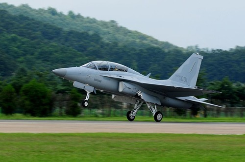 800px-FA-50_Fighting_Eagle_First_Delivery_3