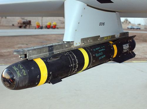 1280px-AGM-114_Hellfire_hung_on_a_Predator_drone