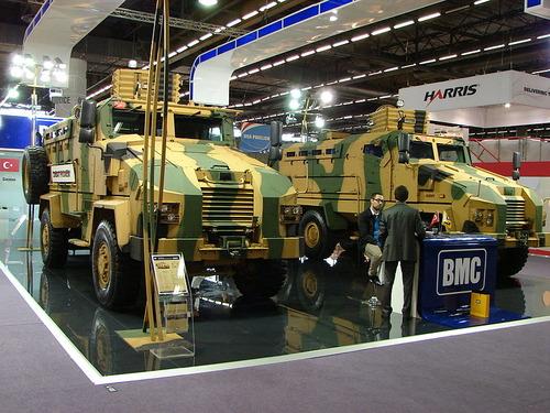 800px-2012_Eurosatory_BMC_trucks