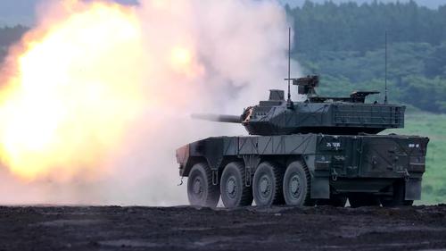 JGSDF_Type_16_Maneuver_Combat_Vehicle-06