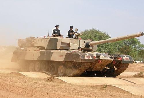 640px-Arjun_MBT_bump_track_test
