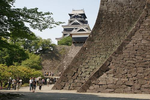 1024px-Kumamoto_Castle_02n3200