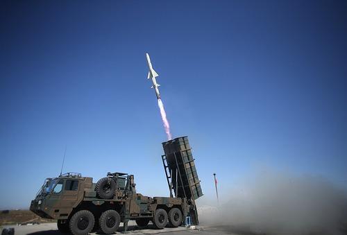 800px-Type_12_(AShM)_firing,_Japan_GSDF