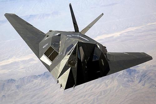 1280px-F-117_Nighthawk_Front