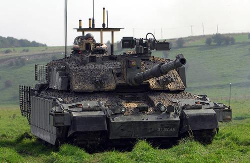 1024px-Challenger_Main_Battle_Tank