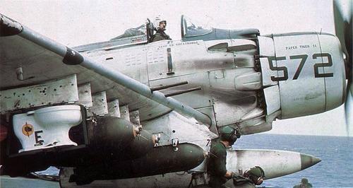 A-1H_VA-25_CVA-41bomb