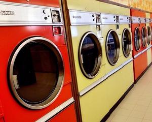 laundromat-708176_640