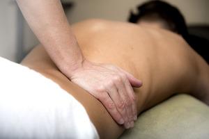 massage-3795692_960_720